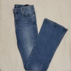 7 For All Mankind Light Blue Jean's sz 25